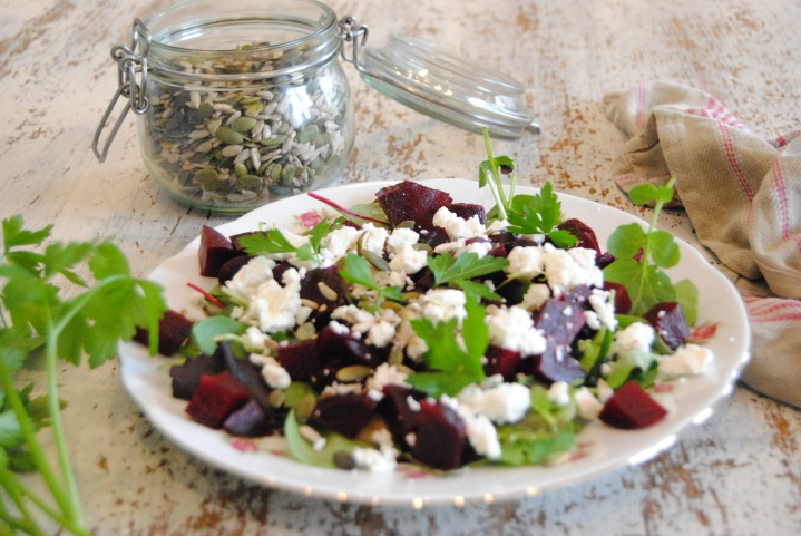 Salade betterave feta @myhappyfridge_0325.JPG