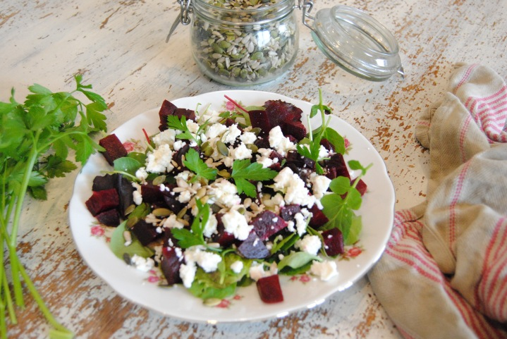 Salade betterave feta @myhappyfridge_0327.JPG