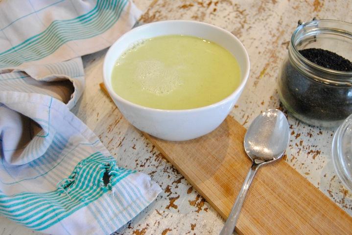 Soupe au brocoli ail et finesherbes