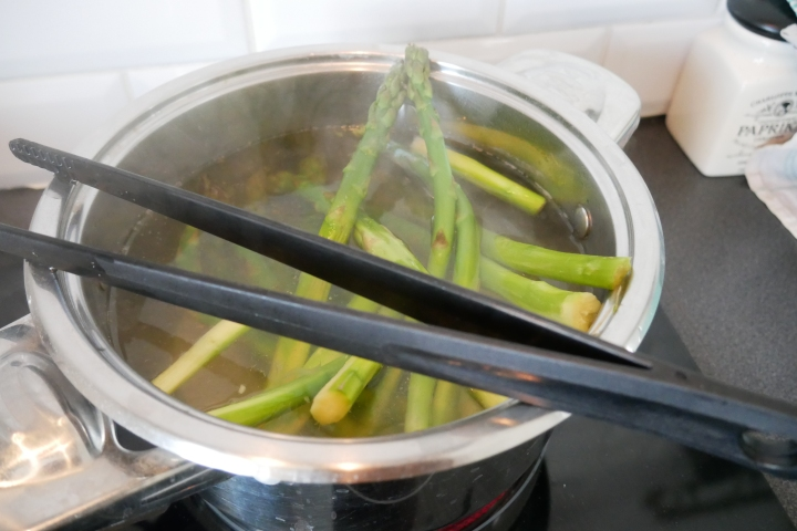 asperges_flamandes@happyfridge1020847.jasperges_flamandes@happyfridgeg.jpg
