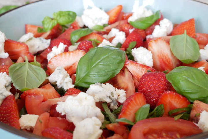 salade_fraises_tomates@happyfridge1020840.jsalade_fraises_tomates@happyfridgeg.jpg