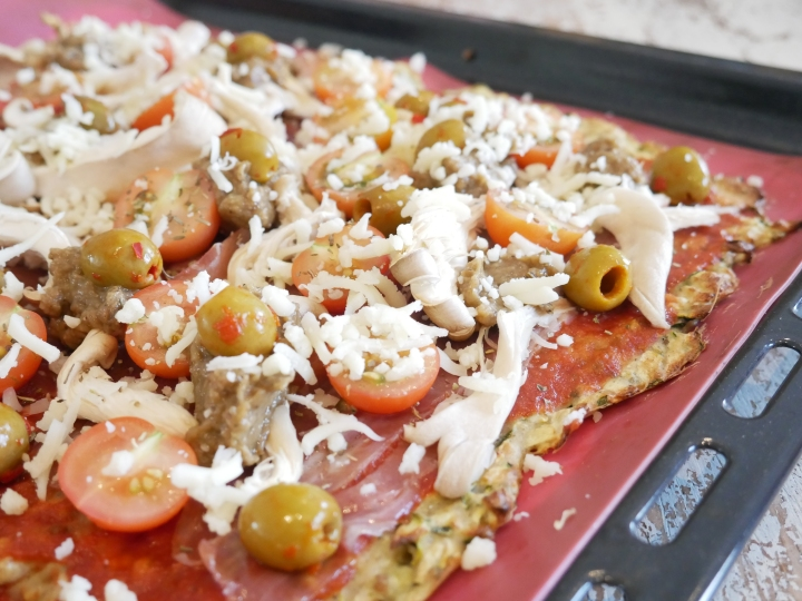 Pizza healthy à base de pâte de courgette